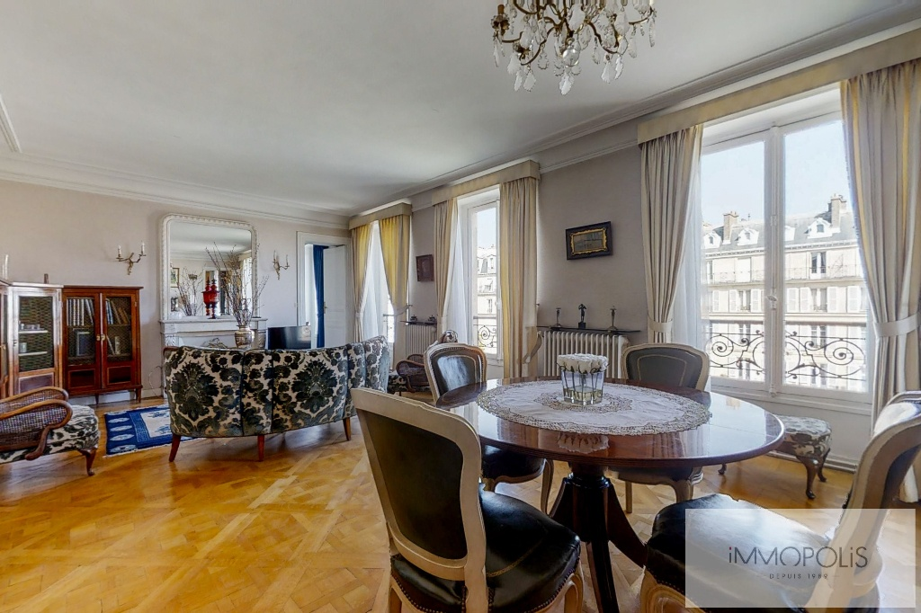 3/4 rooms of 87.06 m2 with open view – Place de la Nation 3