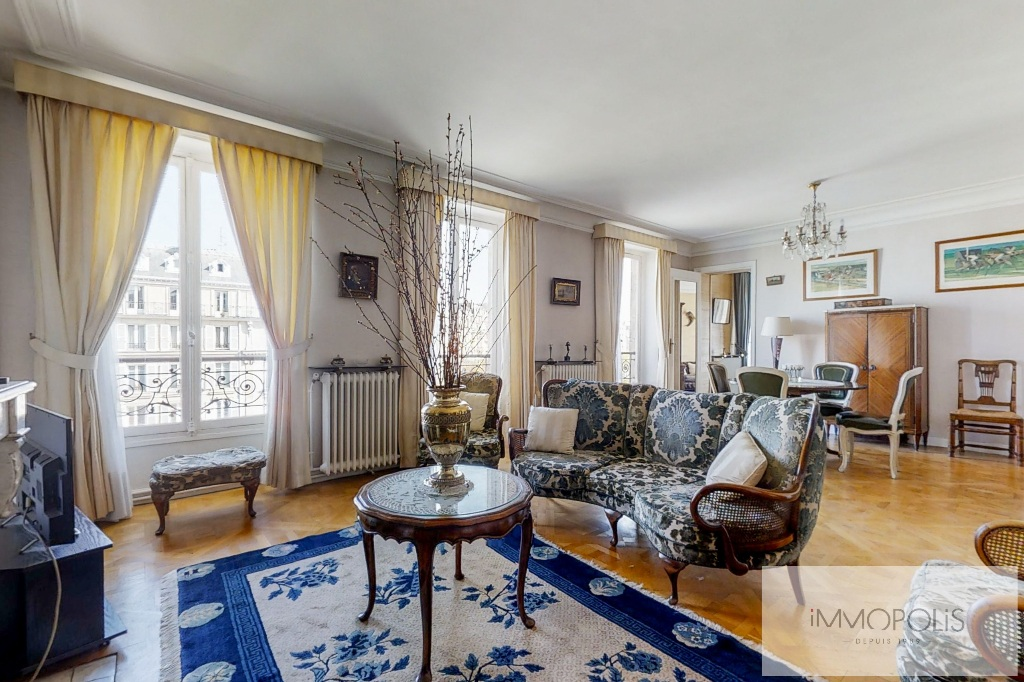 3/4 rooms of 87.06 m2 with open view – Place de la Nation 4