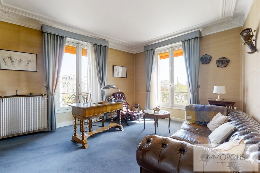 3/4 rooms of 87.06 m2 with open view – Place de la Nation 6