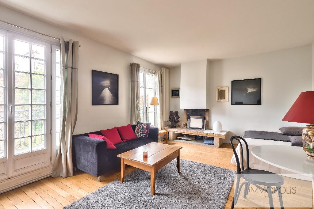 Appartement de charme rue Caulaincourt avec balcon filant et vue dégagée Sud-Est 2