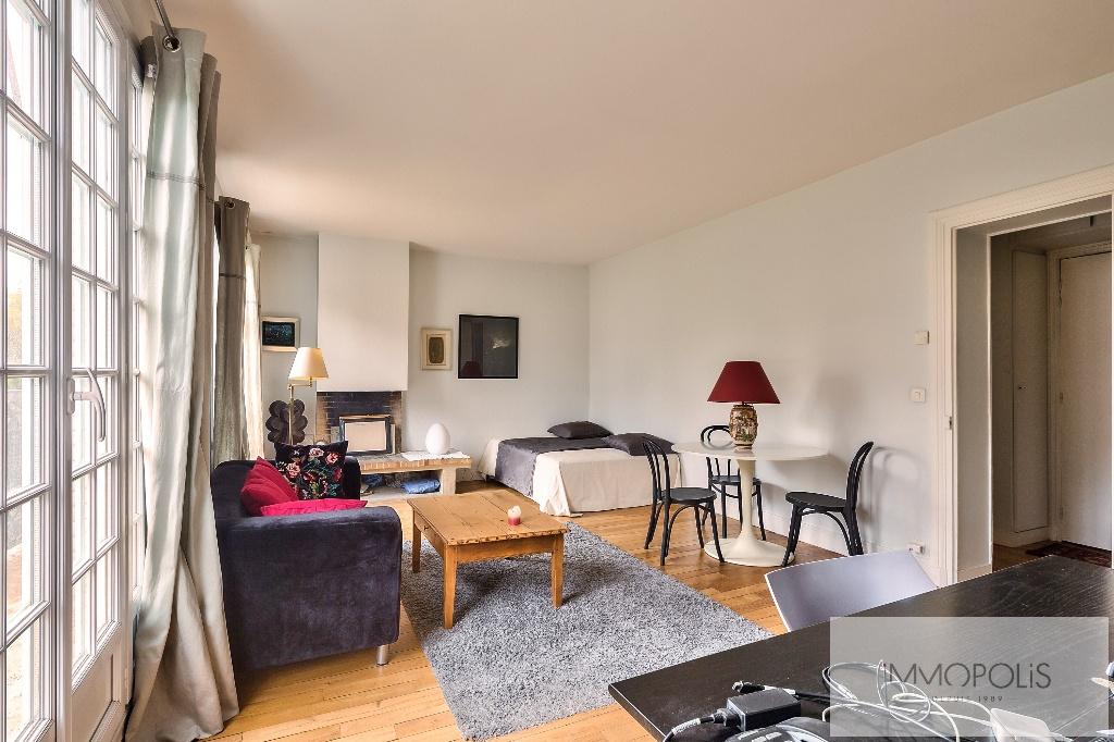 Appartement de charme rue Caulaincourt avec balcon filant et vue dégagée Sud-Est 4