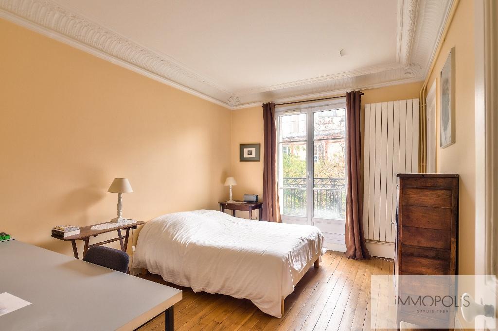 Appartement de charme rue Caulaincourt avec balcon filant et vue dégagée Sud-Est 5