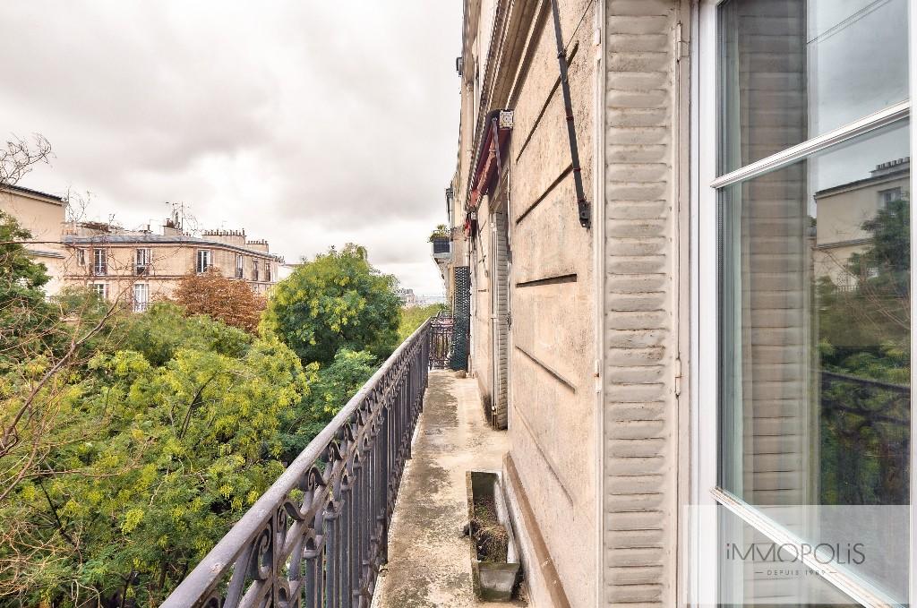 Appartement de charme rue Caulaincourt avec balcon filant et vue dégagée Sud-Est 6