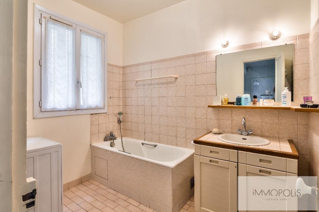 Appartement de charme rue Caulaincourt avec balcon filant et vue dégagée Sud-Est 7