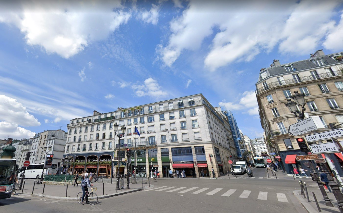VERY GOOD DEAL: Very inexpensive business in Pigalle! 1