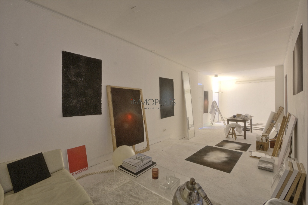Soundproof workshop / Open – space of approximately 49 M² well located in Montmartre! 7