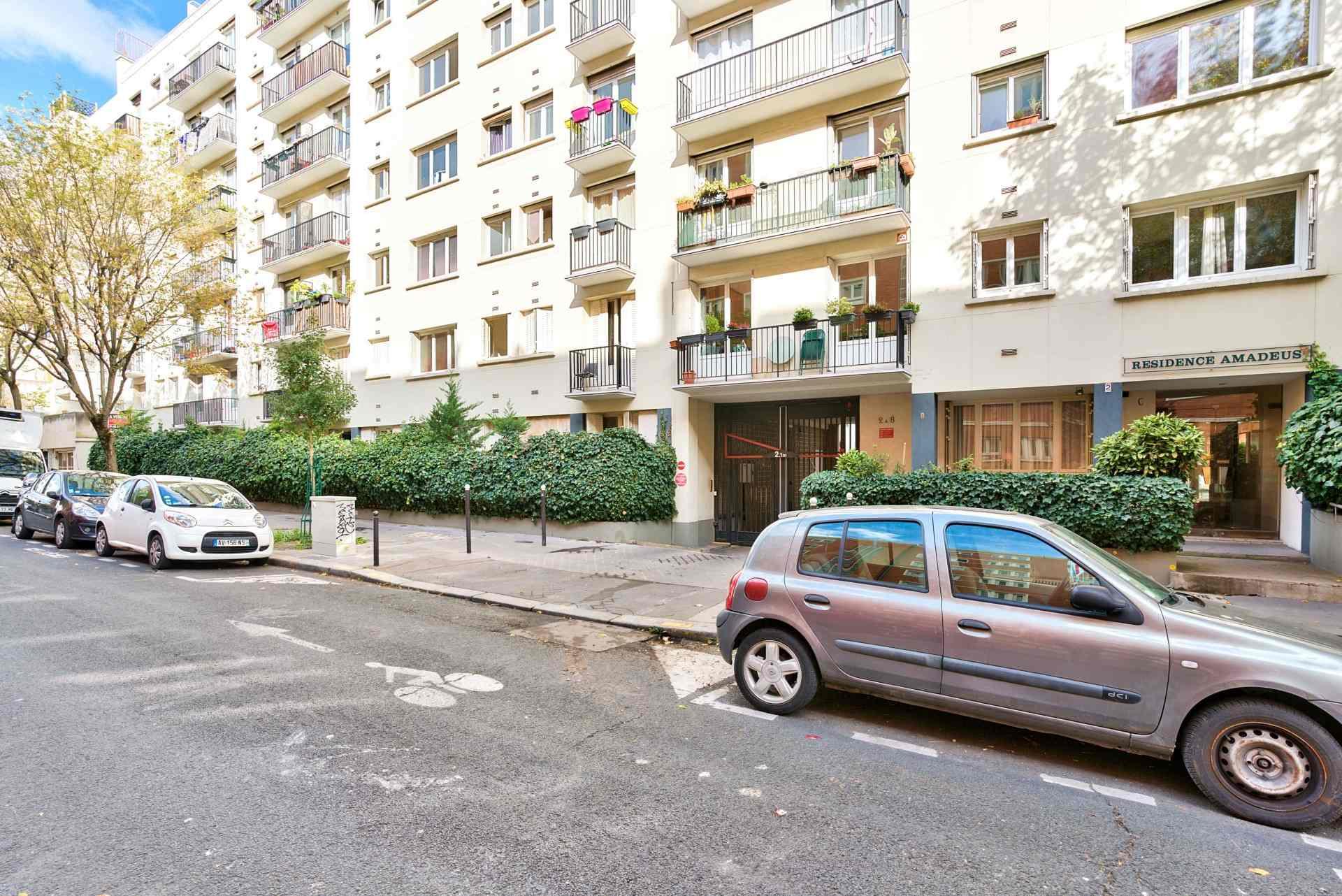EXCLUSIVITÉ EPINETTES  – 45m² avec BALCON  PLEIN SUD + PARKING 9