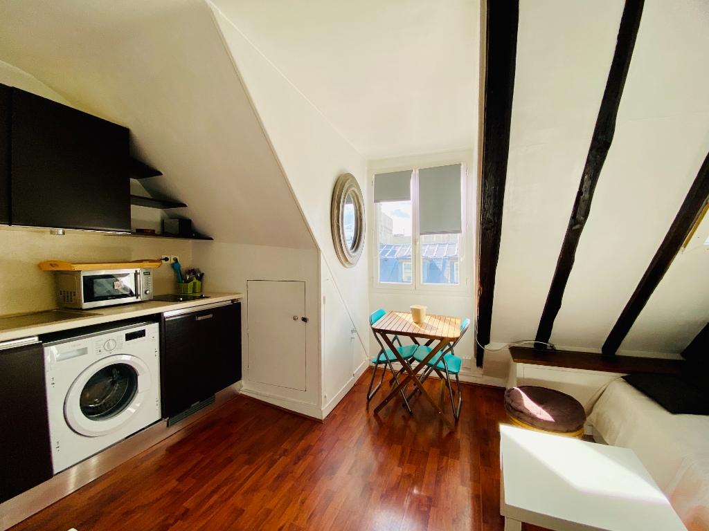 Appartement Paris 1 pièce 10.86 m2 1