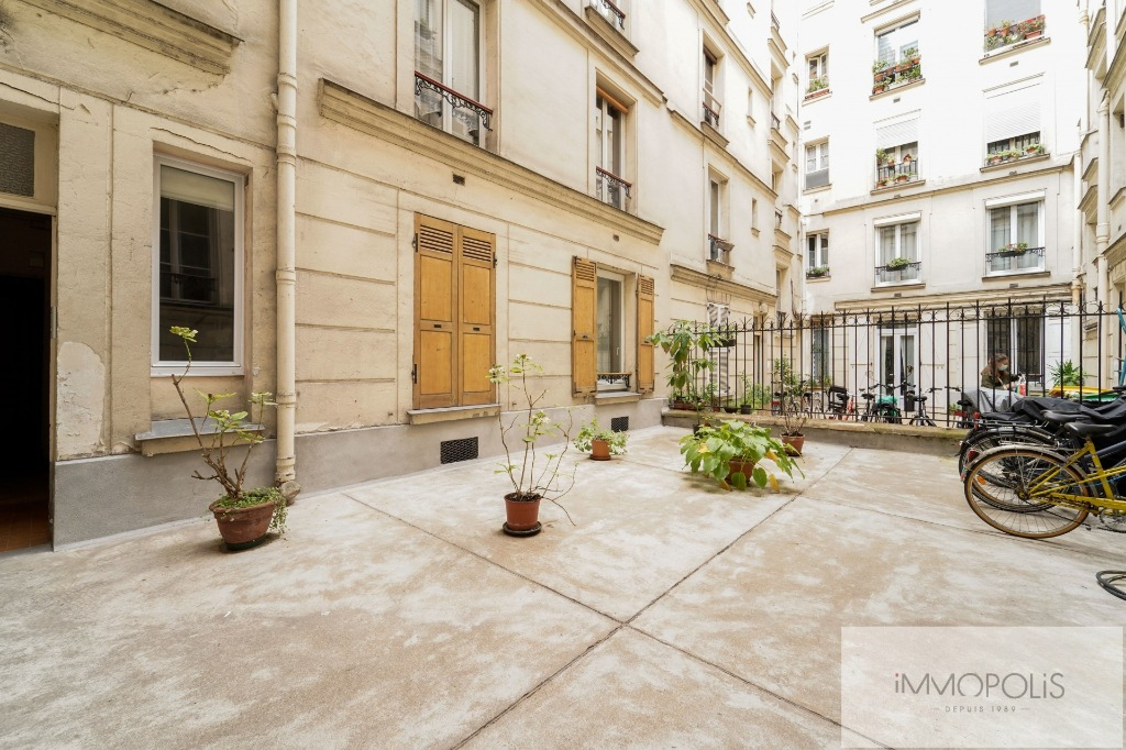 Good deal: large 2 room apartment – Sector Jules Joffrin 9