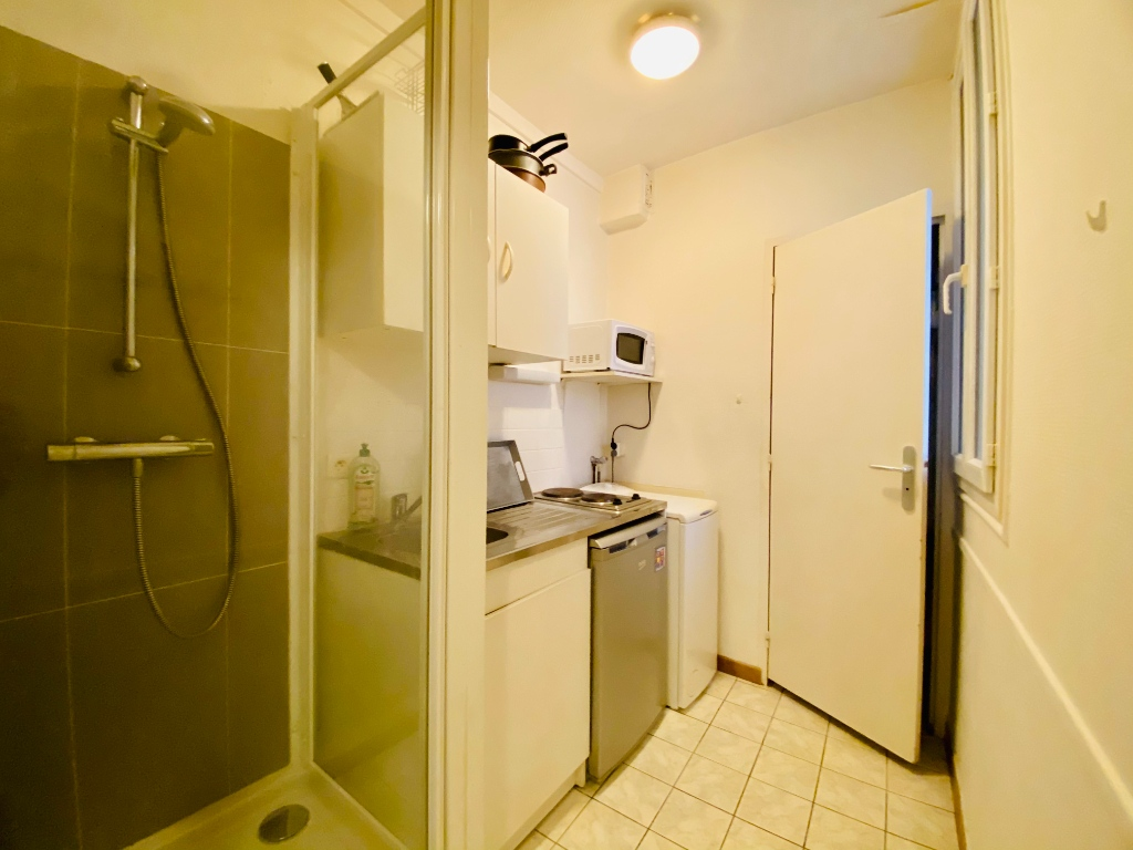 Apartment St Ouen 1 room (s) 18 m2 3