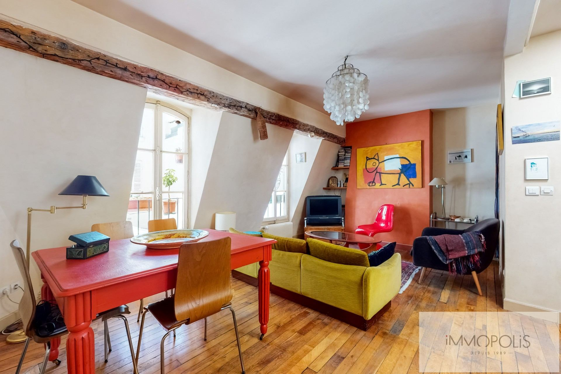 Appartement atypique, plein de charme, Rue Richard Lenoir – Paris XIème 1