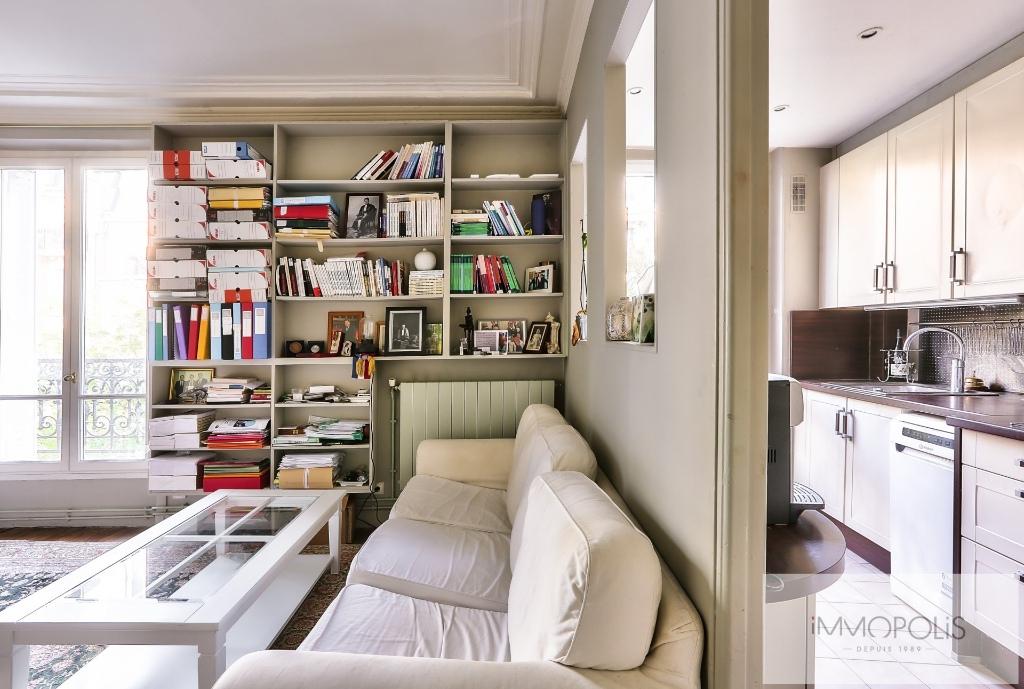 Exclusivity rue Caulaincourt-Paris apartment 2 rooms 41 m2 3