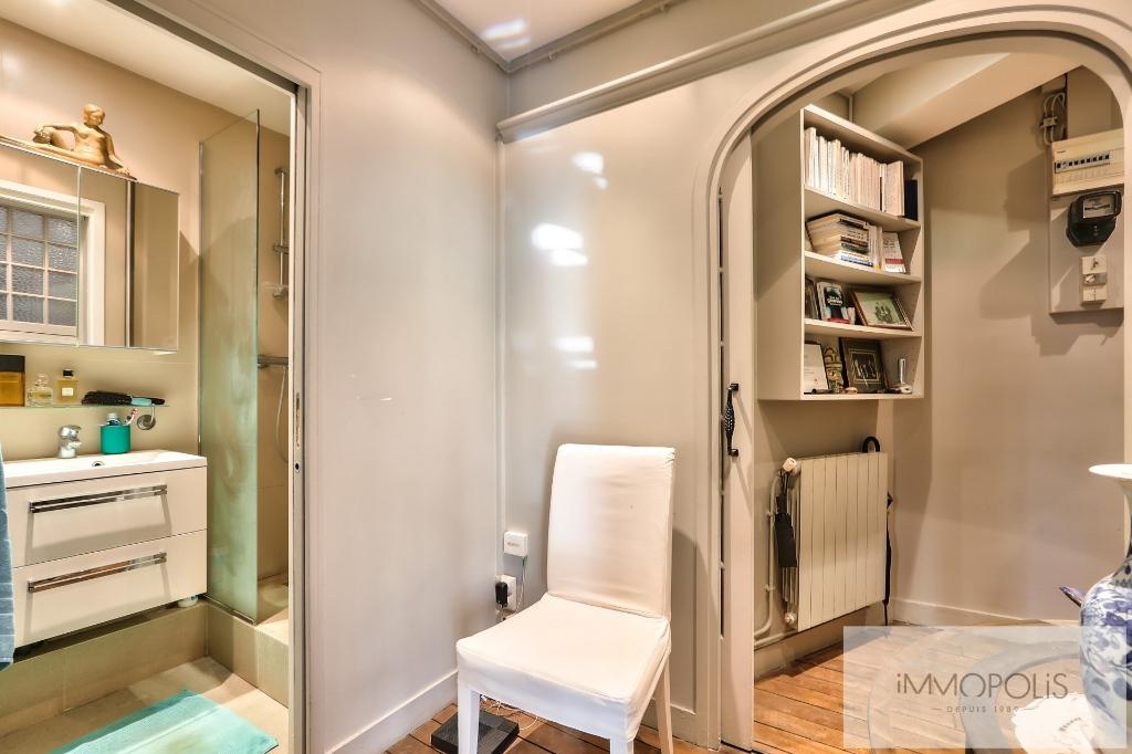 Exclusivity rue Caulaincourt-Paris apartment 2 rooms 41 m2 5