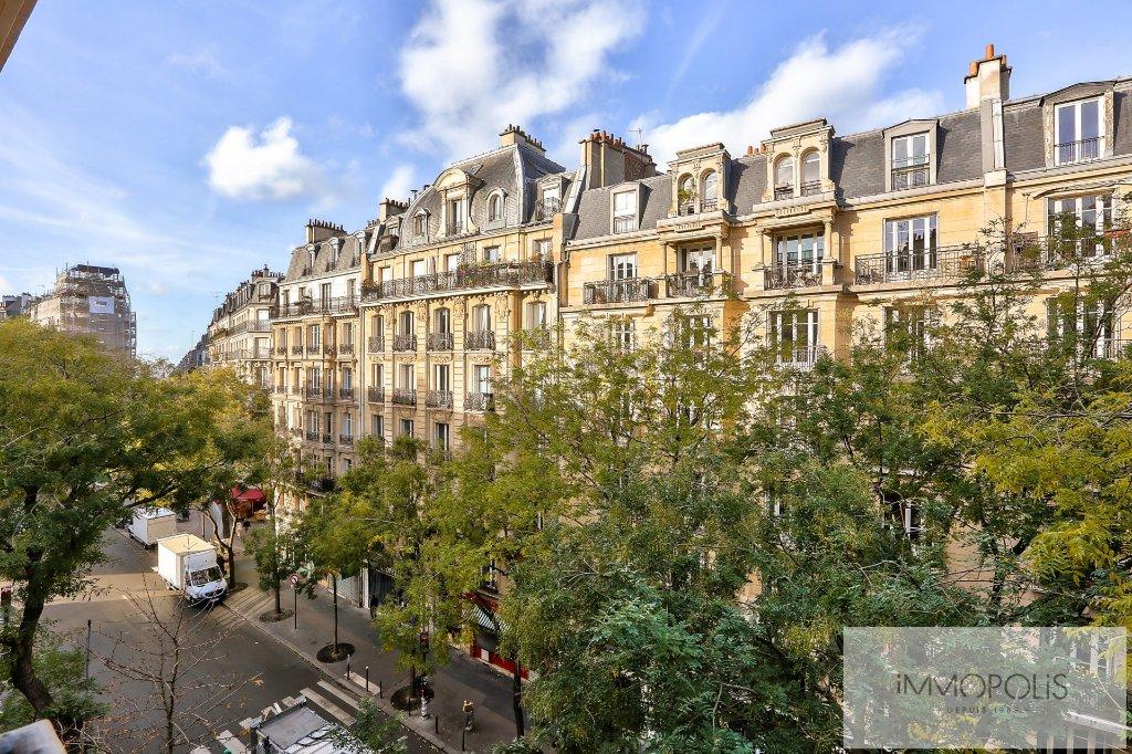 Exclusivity rue Caulaincourt-Paris apartment 2 rooms 41 m2 6
