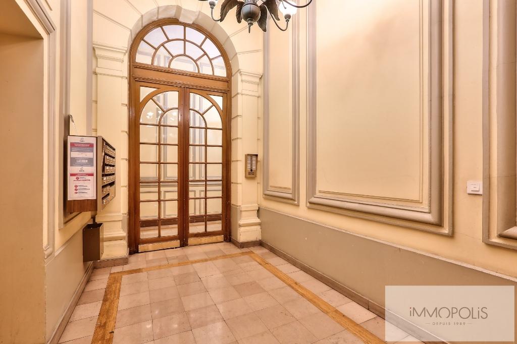 Exclusivity rue Caulaincourt-Paris apartment 2 rooms 41 m2 7