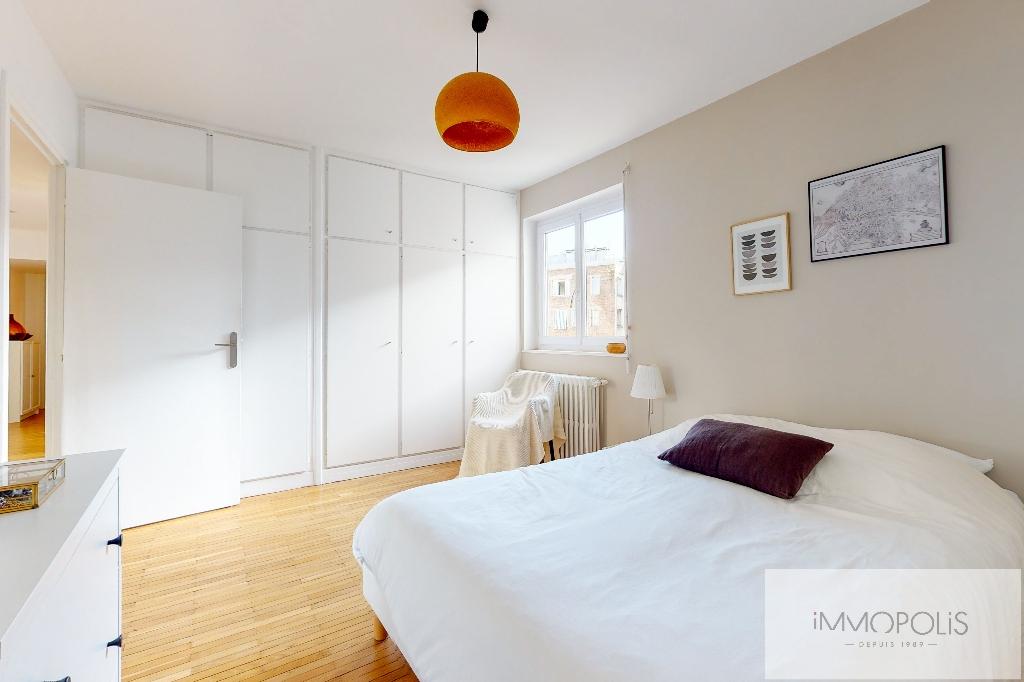Charming apartment rue Montcalm – Paris XVIII 5