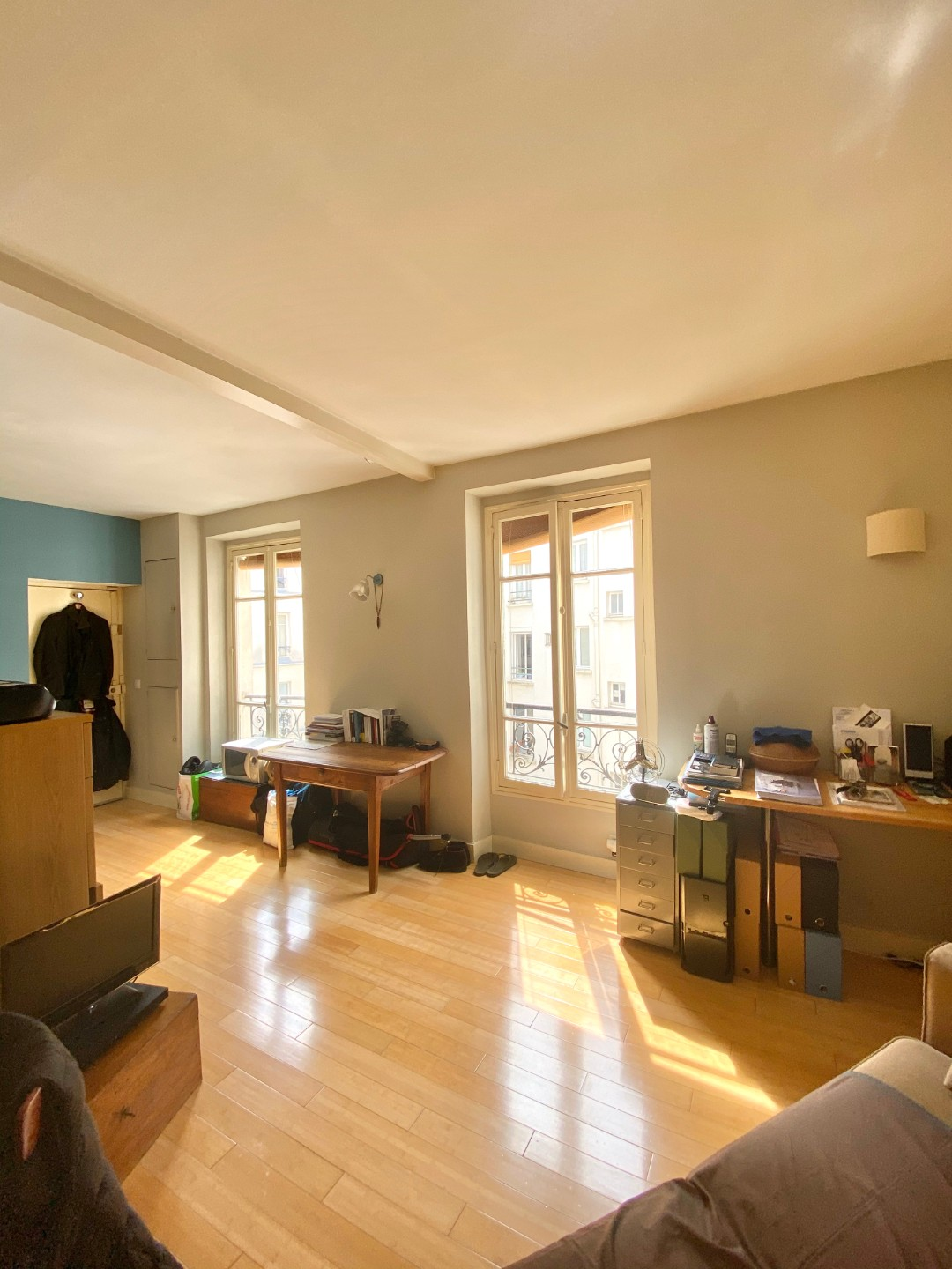 Beautiful studio on the top floor in the most beautiful street of Montmartre: rue d'Orchampt! 5