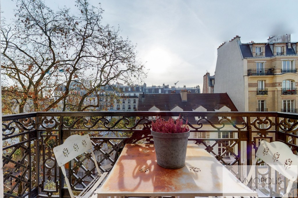 Charming apartment with balcony, butte Montmartre 3