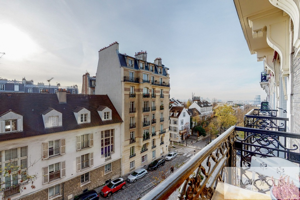 Charming apartment with balcony, butte Montmartre 4