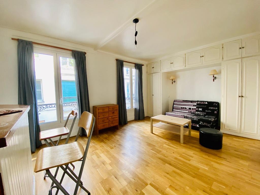 Studio meublé – Paris 18ème – 30 m² 1