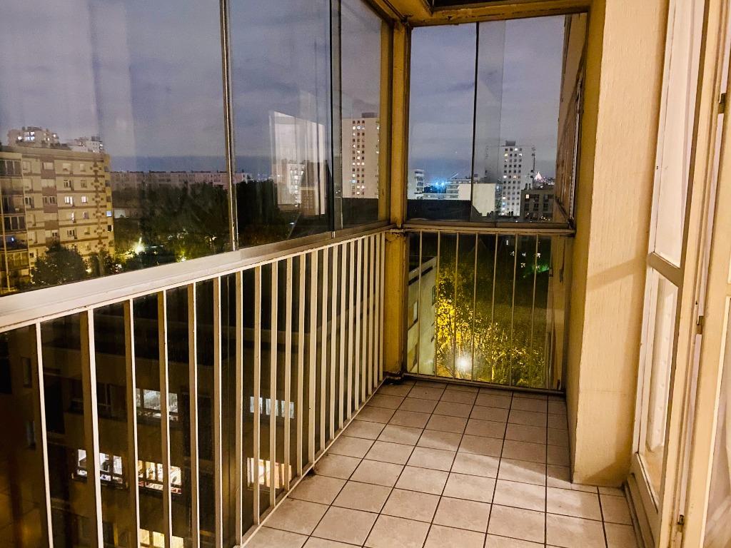 Appartement Villeneuve La Garenne 3 pièce(s) 55.47 m2 2