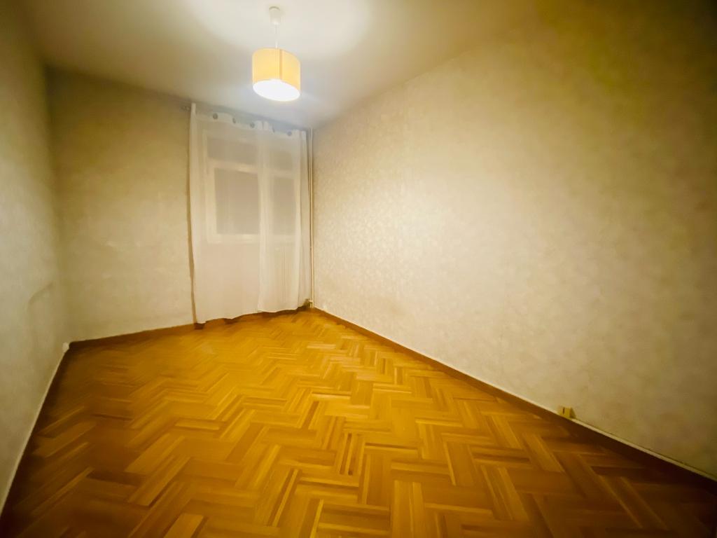 Apartment Villeneuve La Garenne 3 room (s) 55.47 m2 4