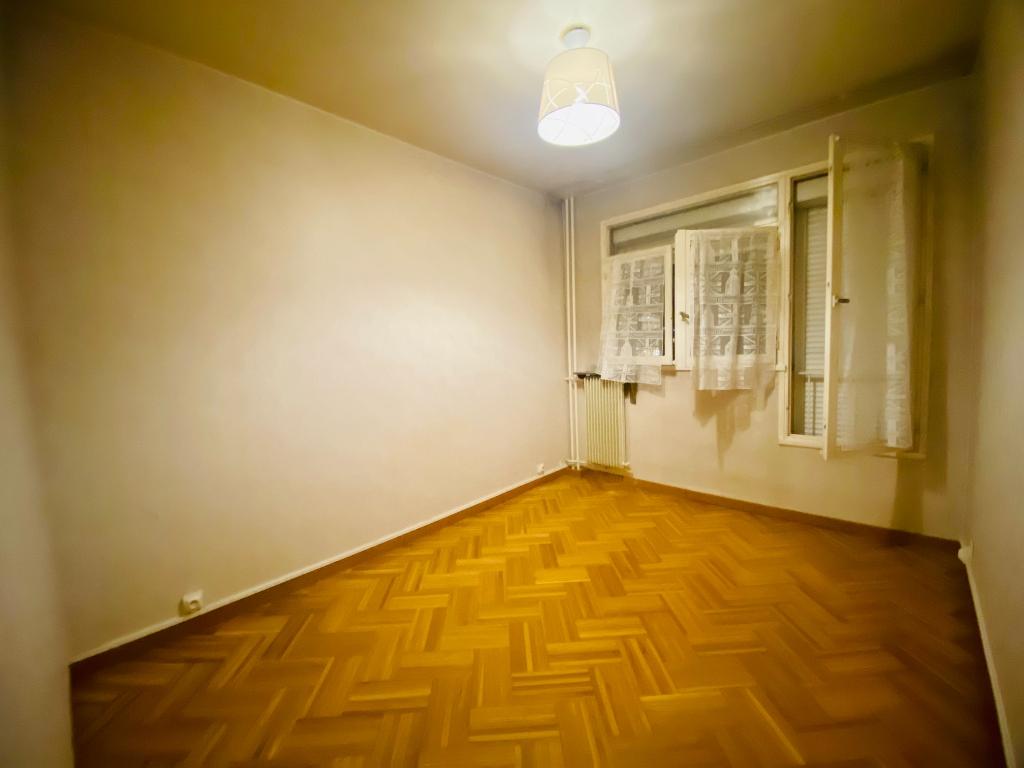 Apartment Villeneuve La Garenne 3 room (s) 55.47 m2 5