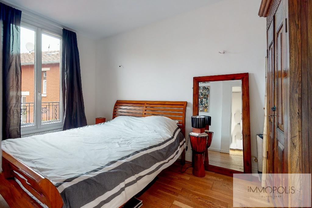 Clichy DUPLEX 124m² floor area – 82m² Carrez Law 12