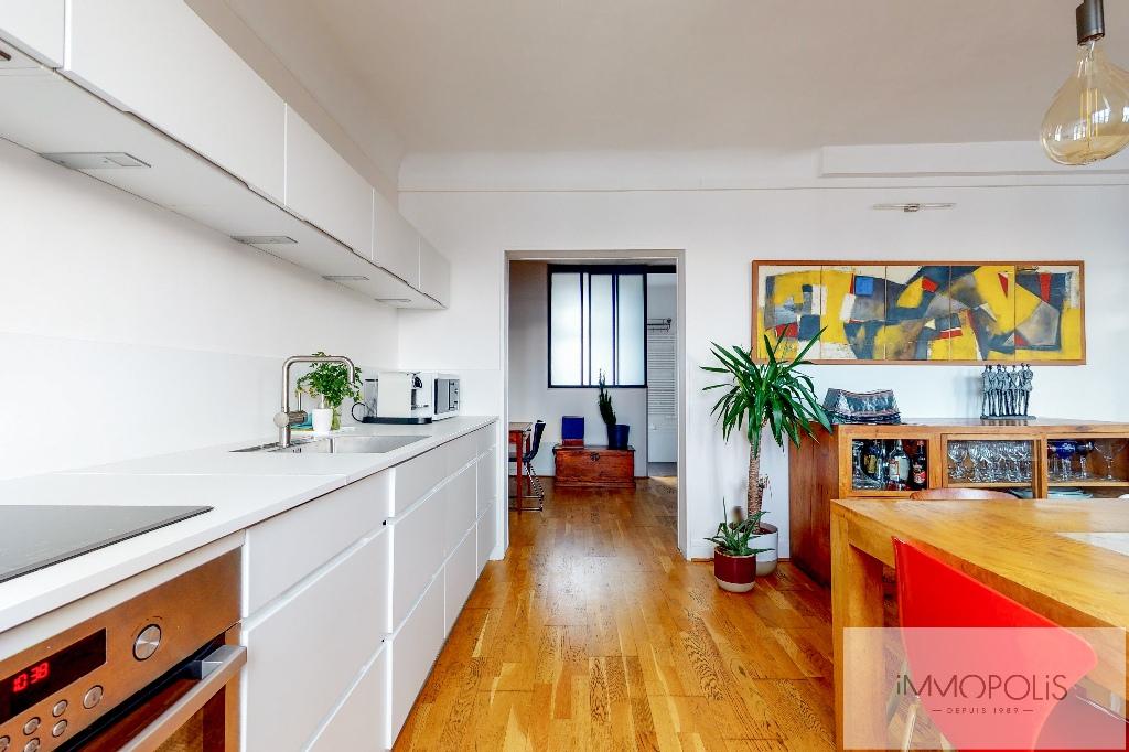 Clichy DUPLEX 124m² floor area – 82m² Carrez Law 7