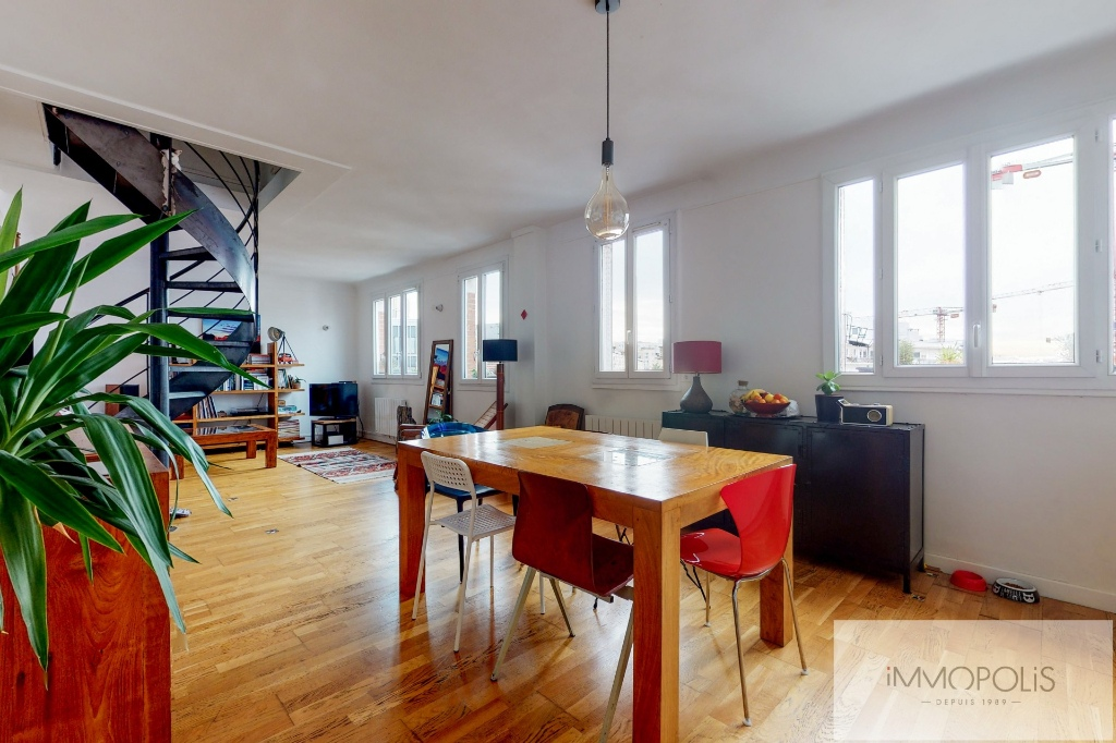 Clichy DUPLEX 124m² floor area – 82m² Carrez Law 9
