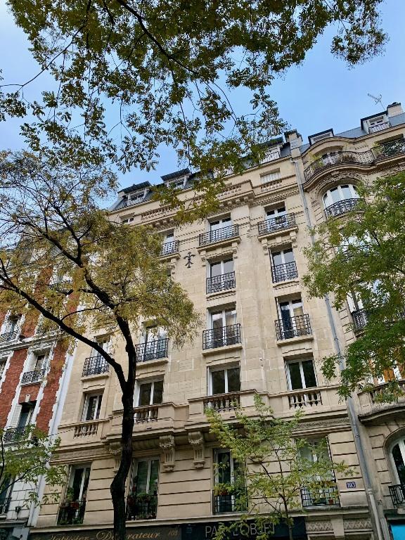 Paris apartment 2 room (s) 42 m2 1