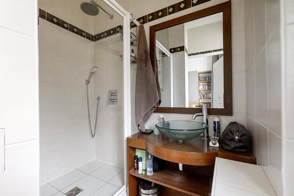 PLACE CONSTANTIN PECQUEUR- Appartement familial 5 pièces-114m² 10