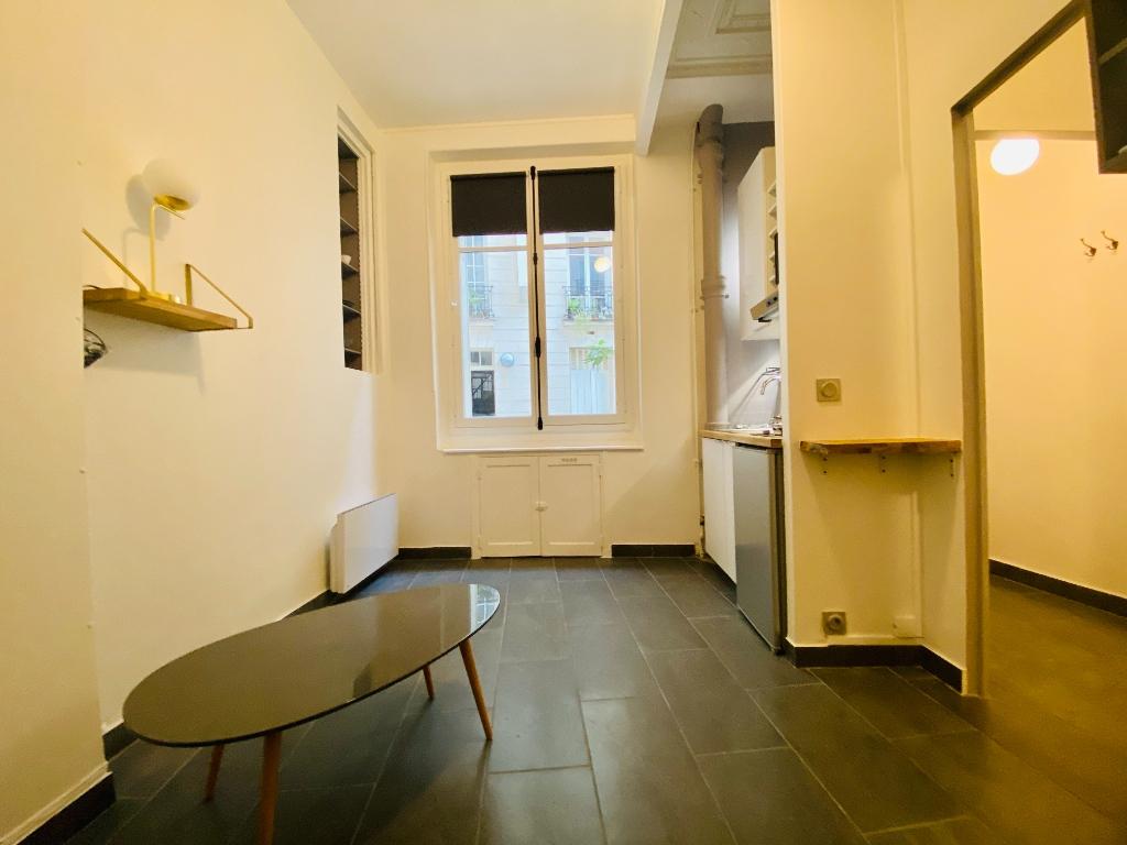 Apartment Paris 1 room (s) 20 m2 2