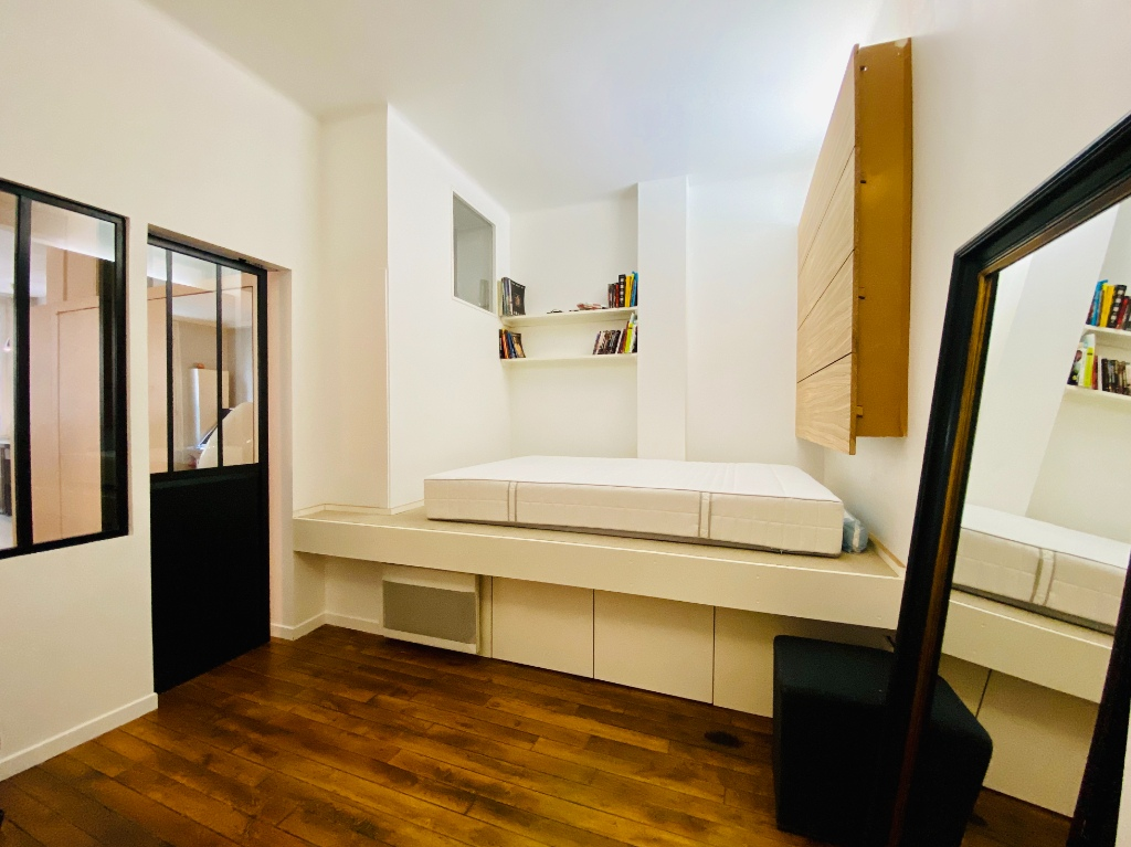 Paris apartment 2 room (s) 53.41 m2 6