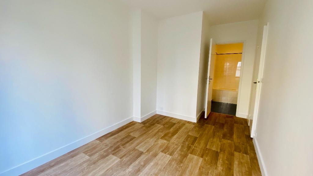 Appartement Paris 17 2 pièce(s) 49 m2 8
