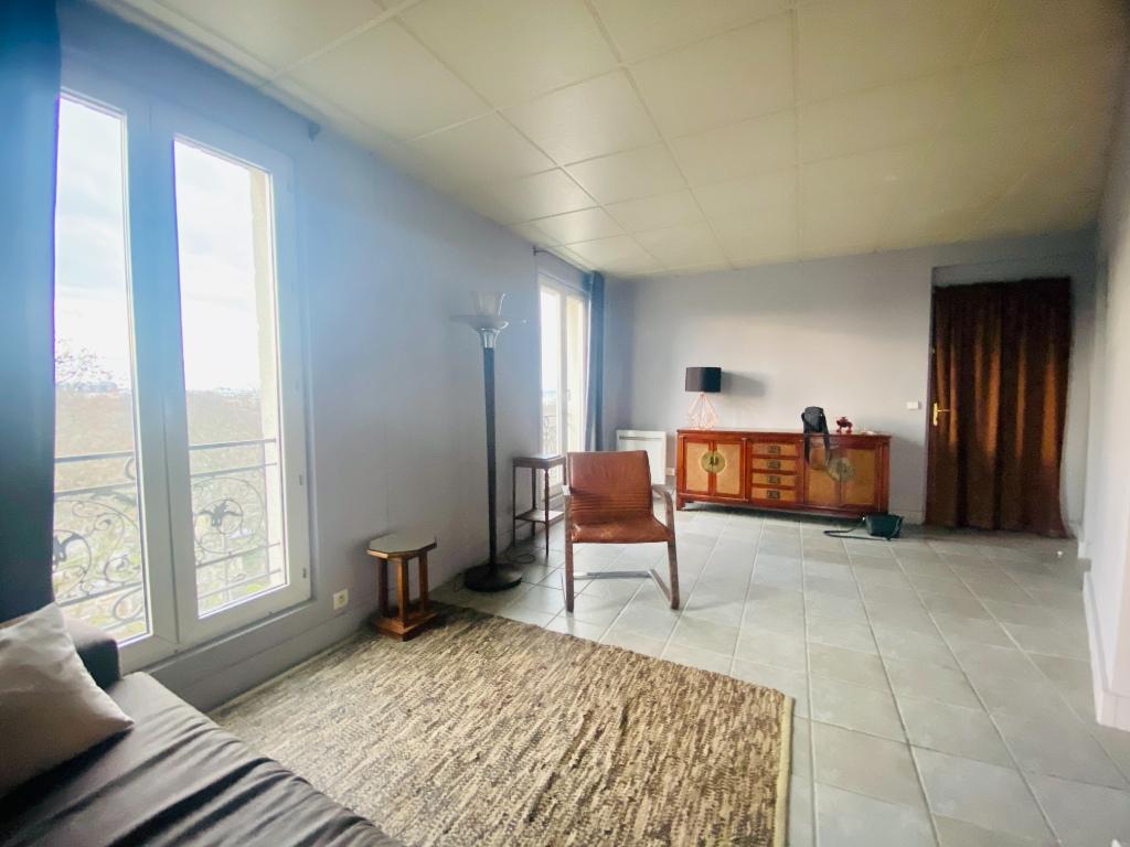 Montmartre 3 pièce(s) 70 m2 meublé 2