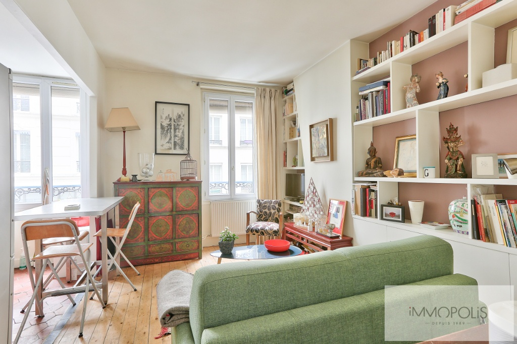2 rooms 35 m² – large quarries area, Montmartre cemetery 1