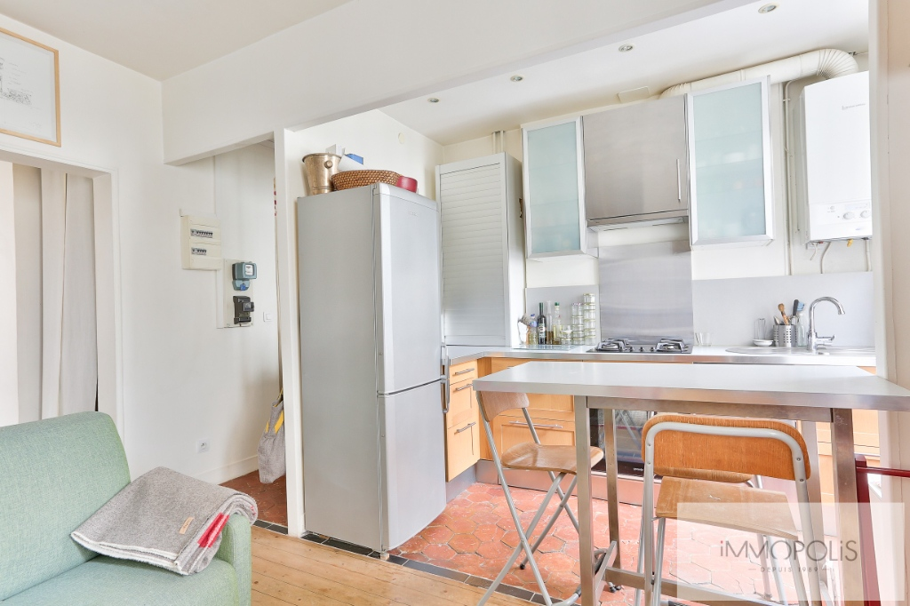 2 rooms 35 m² – large quarries area, Montmartre cemetery 6