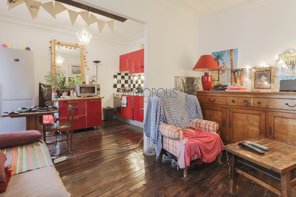 CHATEAU ROUGE – 2/3 ROOM APARTMENT WITH OLD CHARM 3