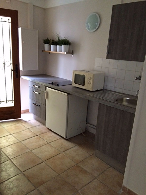Apartment PARIS 18 – 1 room (s) – 13.81 m2 1