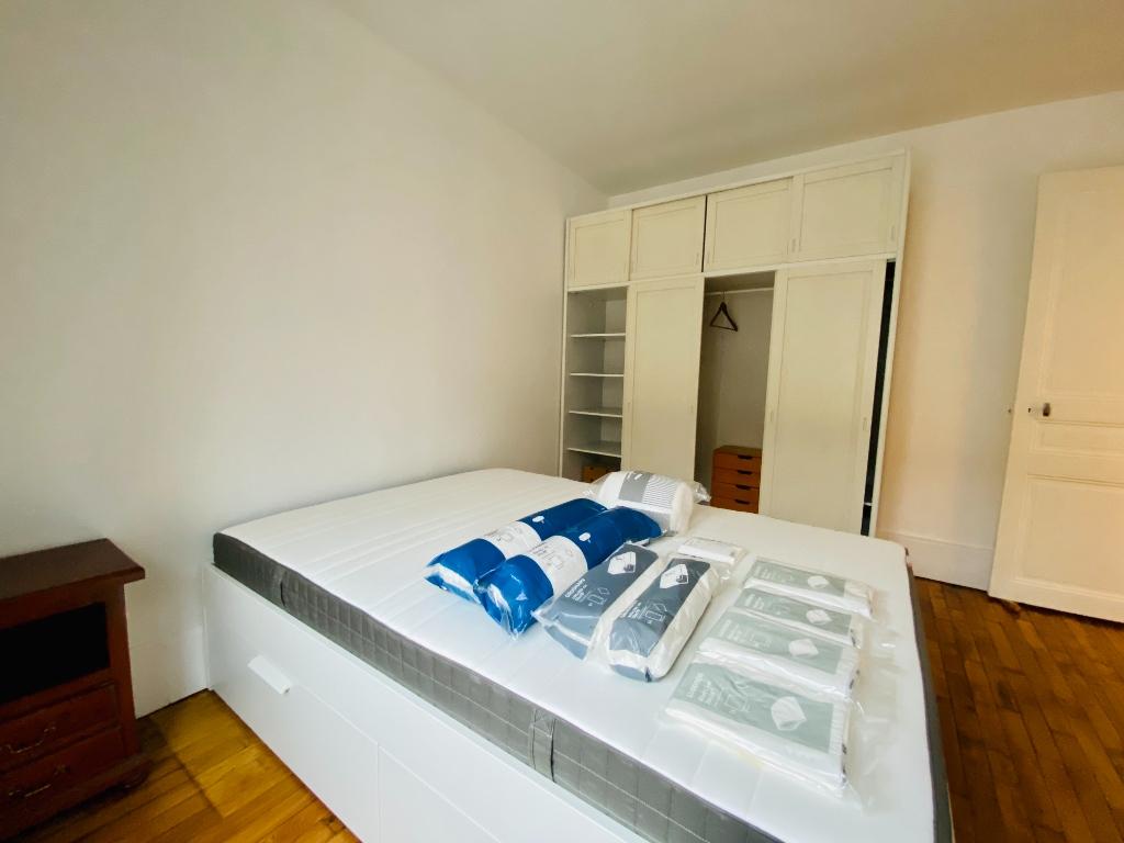 Paris apartment 2 rooms furnished 42 m2 6