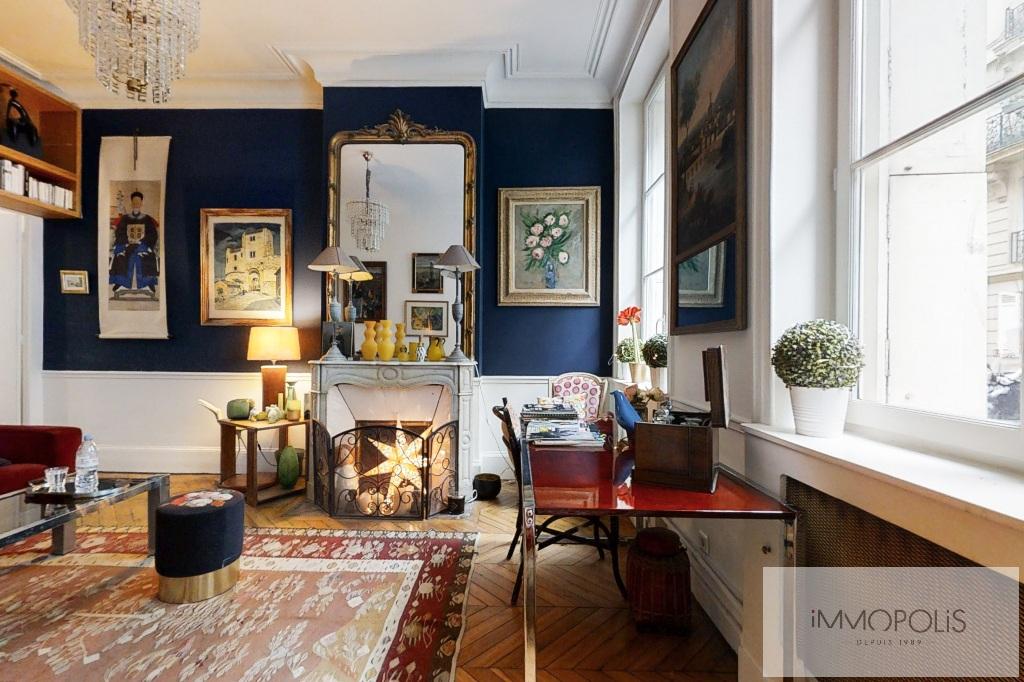 Appartement de charme, rue Moncey, Paris IX. 2