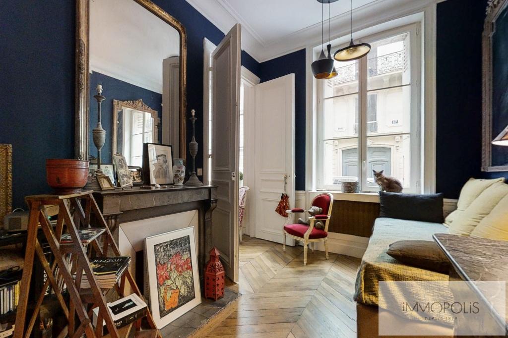 Appartement de charme, rue Moncey, Paris IX. 5