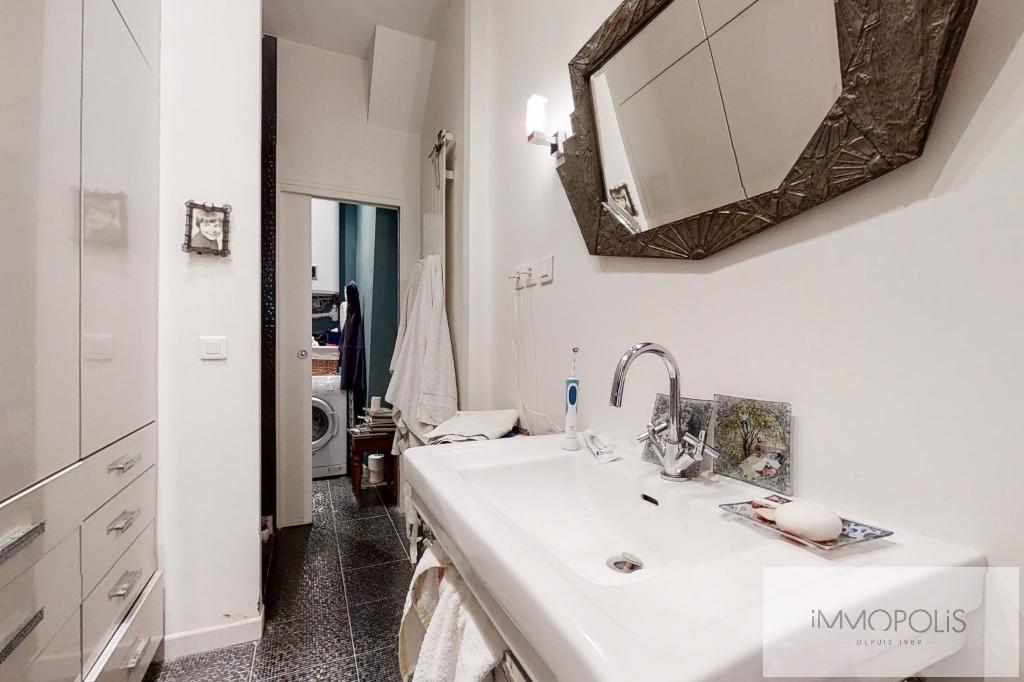 Appartement de charme, rue Moncey, Paris IX. 9