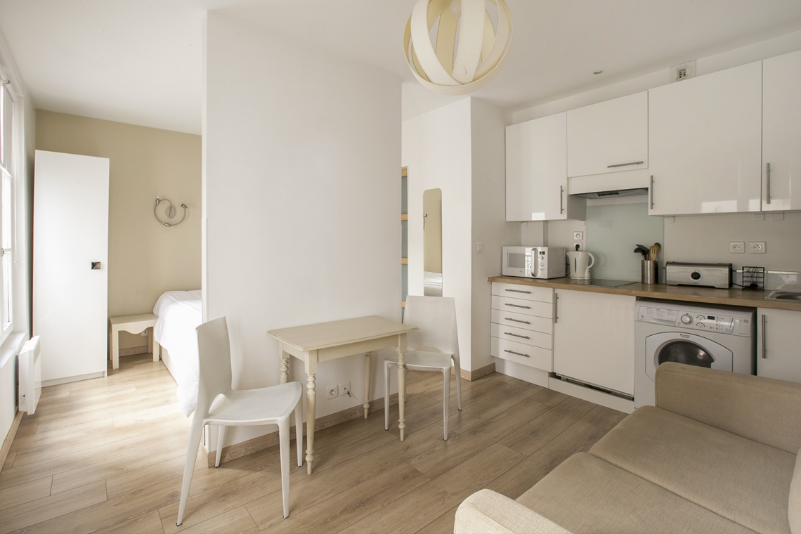 Furnished studio for rent – 22 m² – Montmartre, Paris 75018 1
