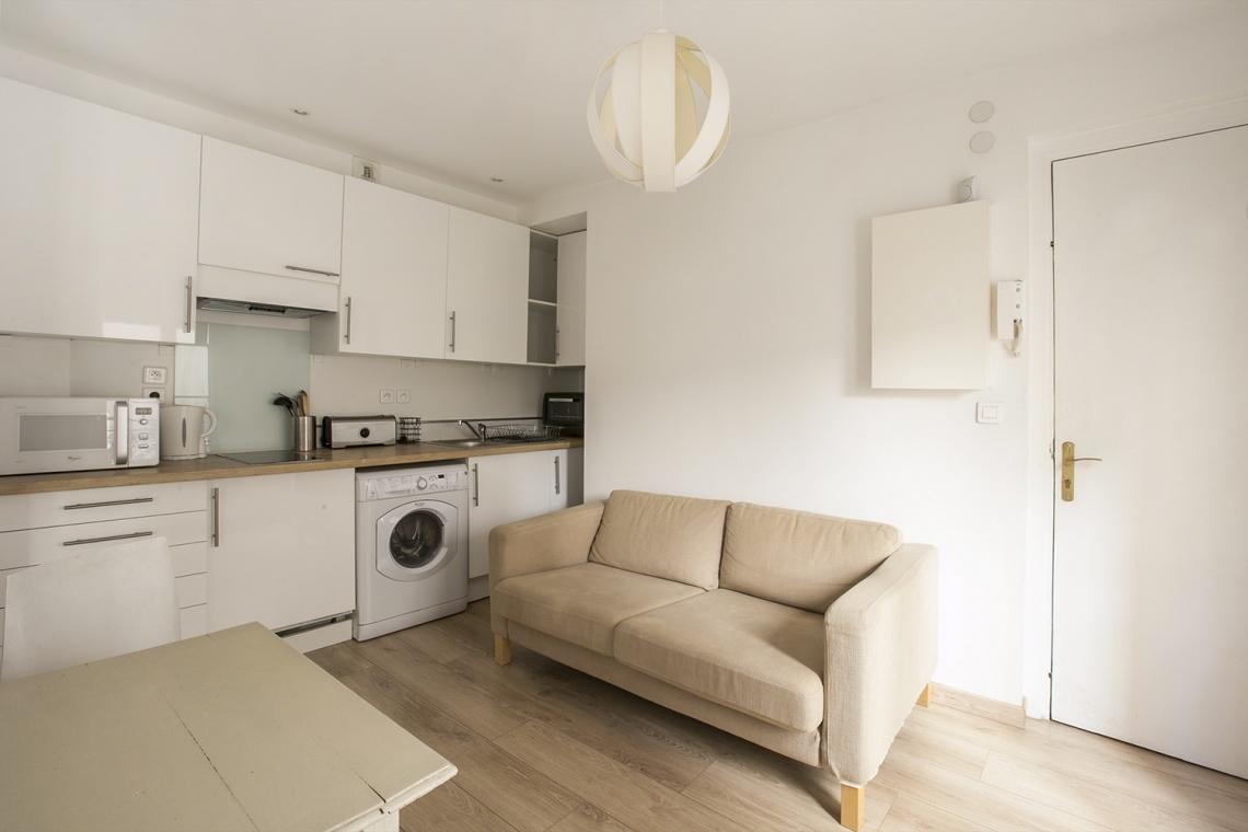 Studio meublé à louer – 22 m² –  Montmartre, Paris 75018 4