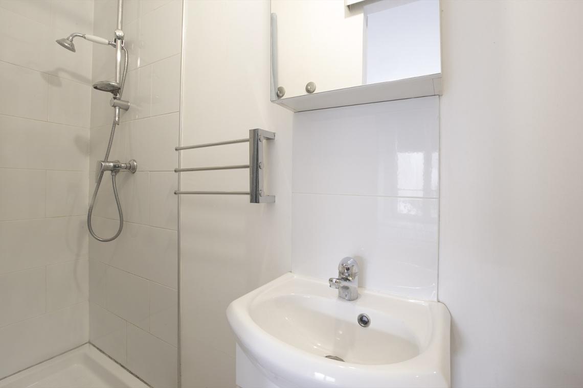 Studio meublé à louer – 22 m² –  Montmartre, Paris 75018 9