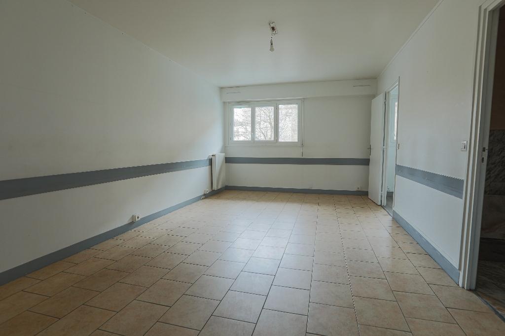 Paris apartment 4 room (s) 88 m2 3