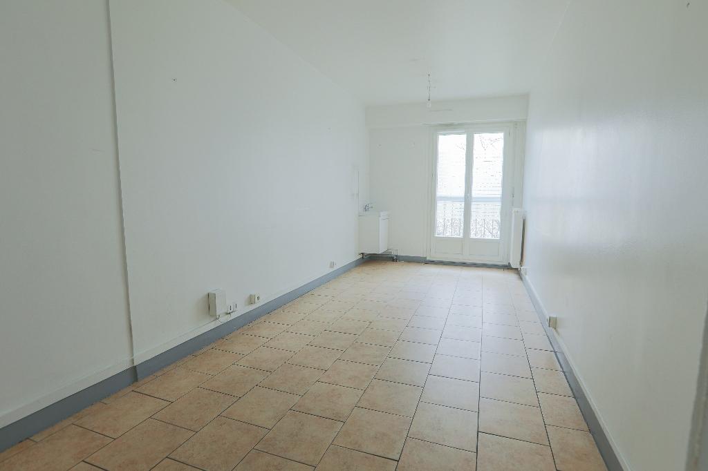 Paris apartment 4 room (s) 88 m2 8