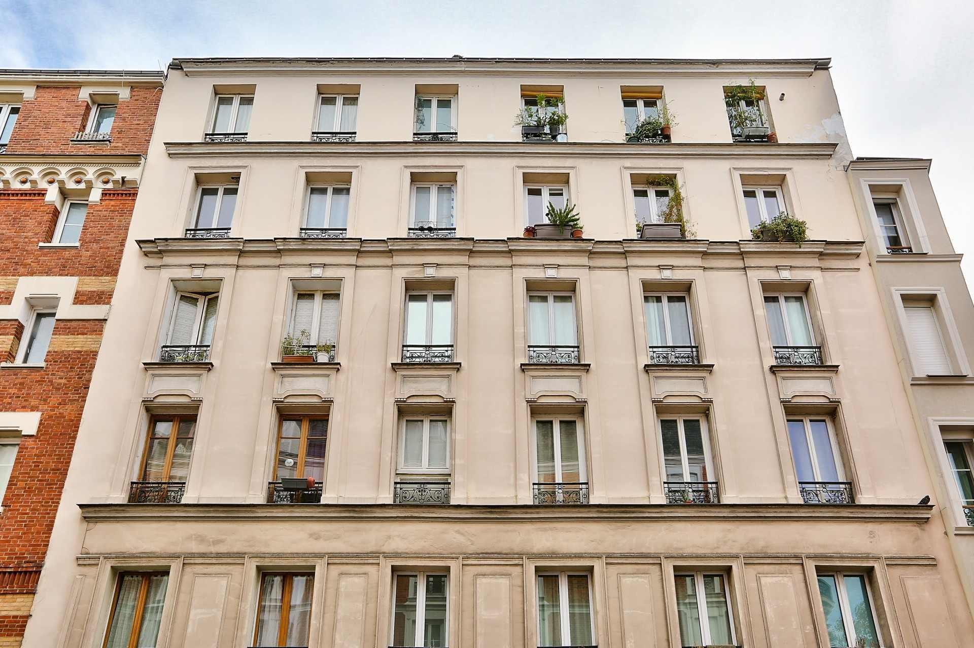 Rue Duhesme -Simplon, EXCLUSIVITE  Beau 2 pièces en DERNIER ETAGE 1